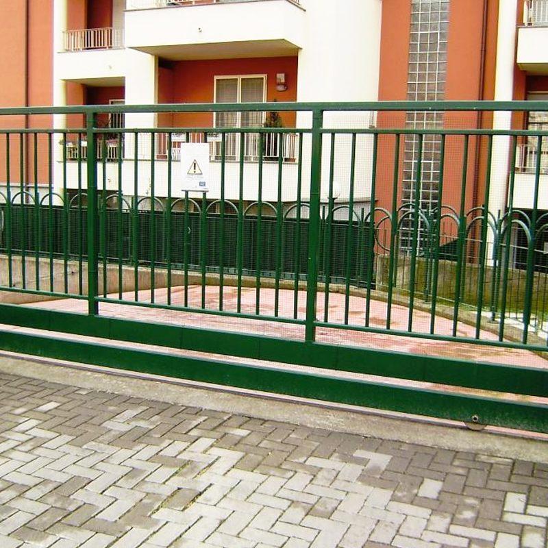cancello condominio